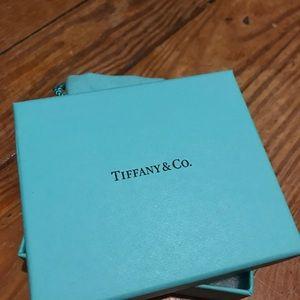 Tiffany & Co. gift box (small)